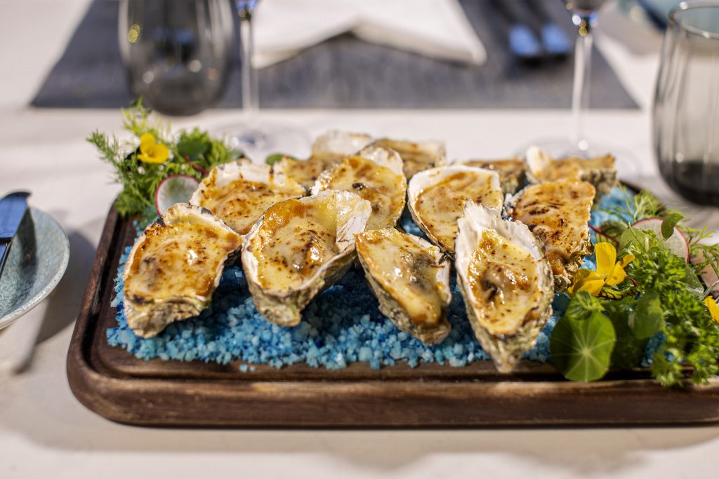 The Temptation-Oyster with Shallot Vinegar-1